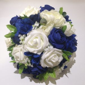 blues and white posy