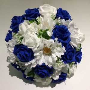 blue and white posy