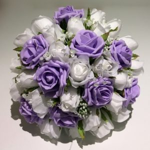 custom made purple and white posy