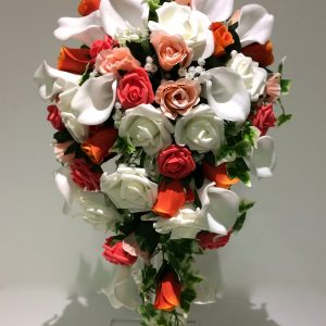 red and white teardrop bouquet