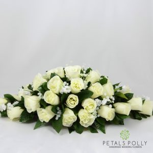Artificial cream and ivory rose top table decoration