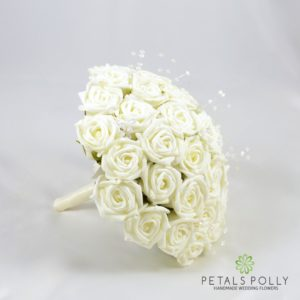 ivory foam rose brides boquuet
