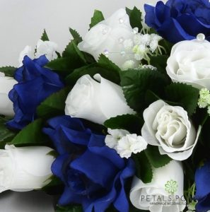 navy blue and white silk rose top table decoration arrangement