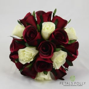 bridesmaids posy burgundy