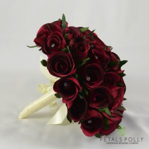 burgundy brides bouquet