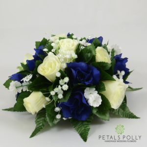 navy blue and ivory table centre