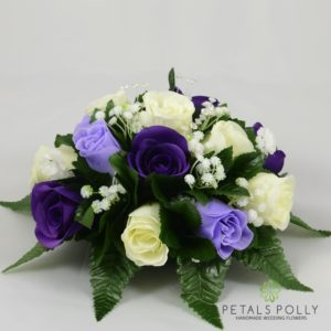 purple lilac table decoration